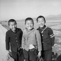 photo of Korean kids smiling